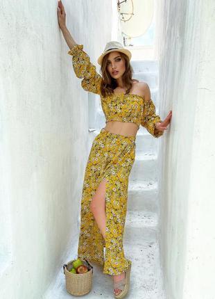 Шифоновый🏷️костюм желтый с длинной юбкой с разрезом и коротким топом с открытыми плечами 6 цветов