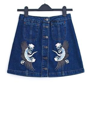 Джинсовая юбка с вышивкой  • р-р 8\36 (s)