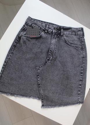 Юбка джинсовая ассиметричный низ графит серая xray