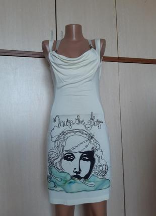 Seam легкое вискозное платье с красивой вышивкой