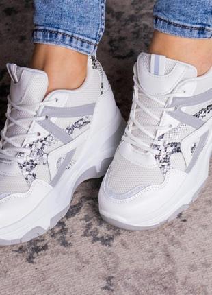 Белые женские кроссовки спортивные  сетка на танкетке весенние/летние/осенние - женская обувь 2021
