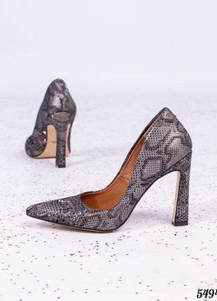 Кожаные туфли лодочки с тиснением под рептилию натуральная кожа