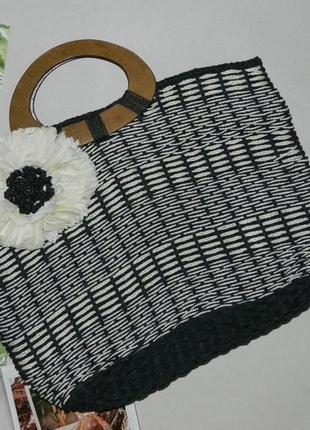 Плетенная сумка корзинка с деревянными ручками