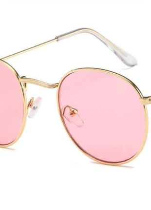 Очки с розовыми стеклами