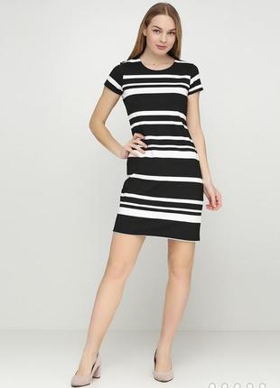 Черно-белое платье в полоску esmara