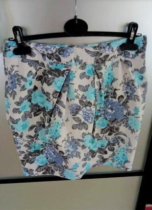 Котоновая прямая мини юбка в цветочные принт. натуральная хлопковая короткая юбка в цветы. с-м