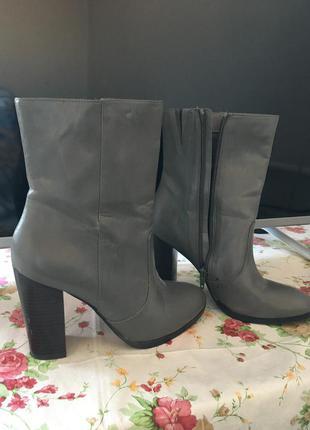 Шикарные ботинки f&f
