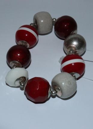 Симпатичный массивный браслет разные бусины вес 39,3 грамм винтаж