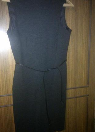 Шерстяное фирменное платье на осень зиму