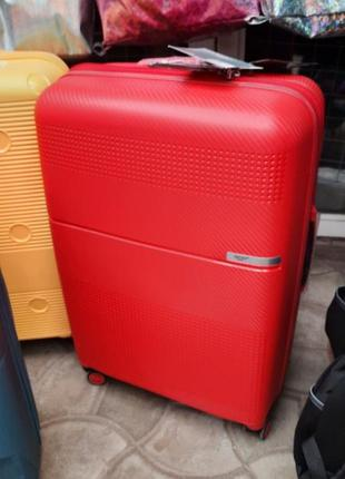 Пластиковый чемоданы airtex