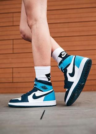 Женские кроссовки высокие джорданы air jordan 1