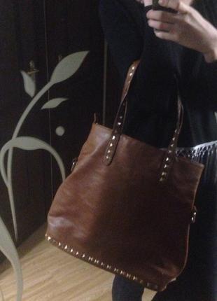 Большая коричневая сумка мешок