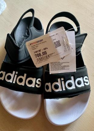 Новые босоножки adidas
