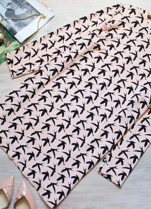 Красивое платье с птицами