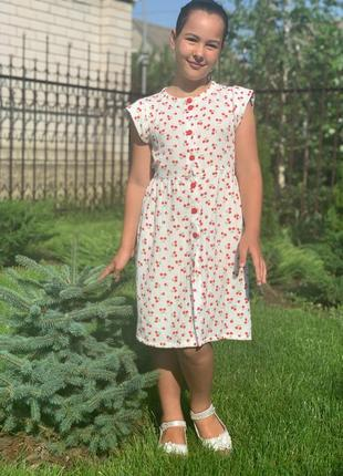 Красивое муслиновое платье