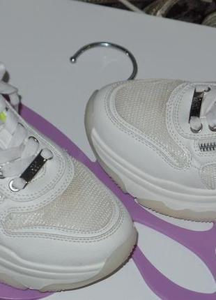 Фирменные кросовки на большой подошве xti р 32-33 идеальное сост2 фото