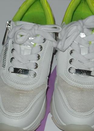 Фирменные кросовки на большой подошве xti р 32-33 идеальное сост7 фото