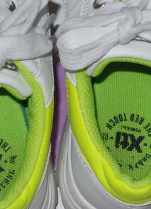 Фирменные кросовки на большой подошве xti р 32-33 идеальное сост6 фото