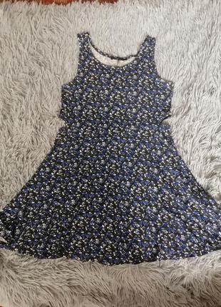 Платье летнее m-l
