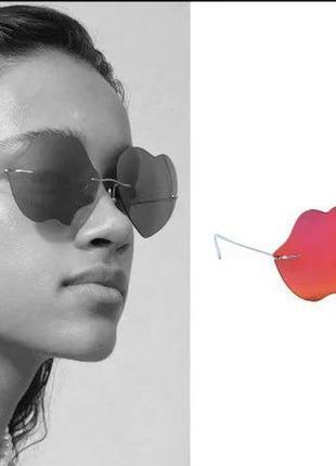 Легчайшие очки из титана от коллаборации giambattista valli x h&m в полном комплекте