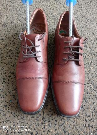 Мужские кожаные туфли clarks