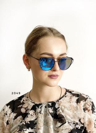Сонцезахисні окуляри, колір лінз блакитний к. 2049