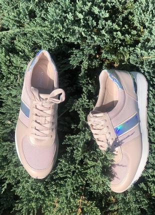 Очень крутые кожаные кроссовки  michael kors 7 и 8