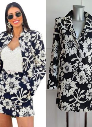 Костюм zara жакет и юбка-шорты с принтом белых цветов