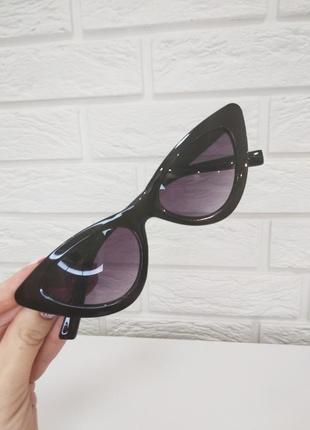 Очки трендовые летние солнцезащитные имиджевые чёрные