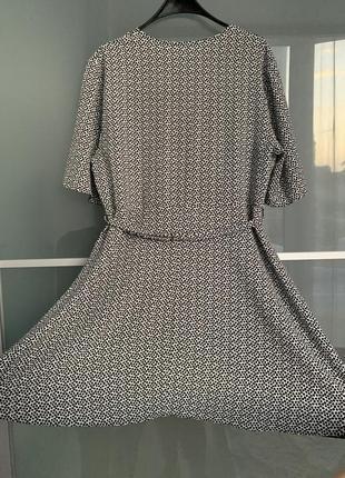 Легкое летнее платье с поясом new look2 фото