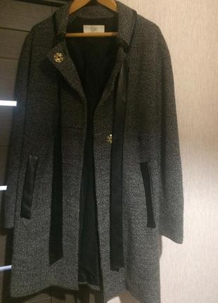 Пальто gf ferre original