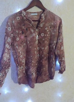 Блуза приємного відтінку