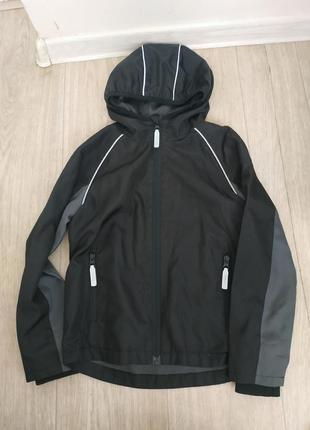 Ветровка,куртка на 6-7 лет