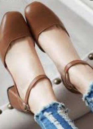 Кожаные туфли с квадратным носом босоножки на среднем каблуке кожа тонкие ремешки