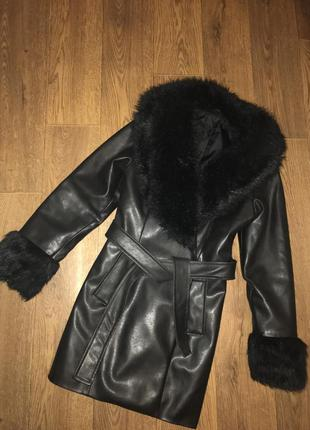 Кожаное пальто c&a с-л