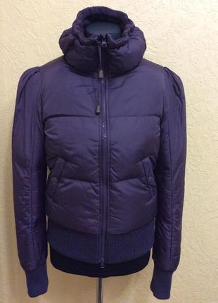 Зимняя куртка оригинальная р.м/l красивая, отличное качество