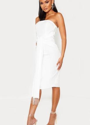 Белое платье бандо/ летнее платье футляр/ платье по фигуре с поясом