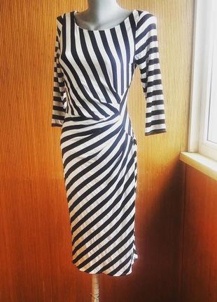 Вискозное платье в полоску