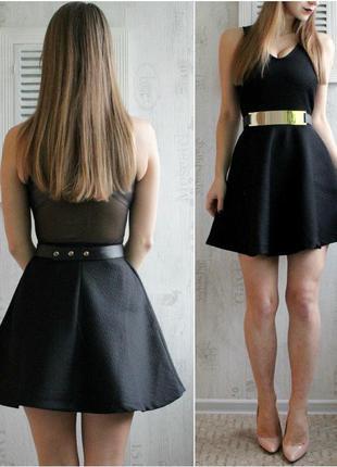 Платье из факткрной ткани