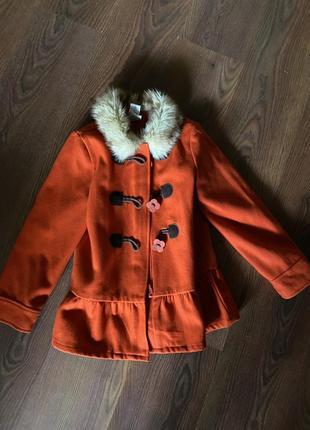 Шикарне пальто з штучним хутром
