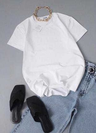 Базовая белая футболка базова біла футболка