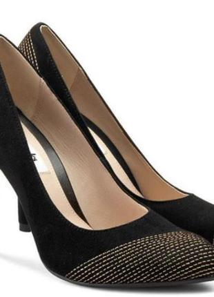 Clarks замшевые туфли р. 35.5, 38, 38.5, 39 оригинал