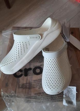 Шлепанцы crocs literide clog 204592 almost white/almost white