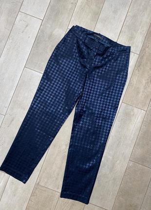 Классические брюки,принт гусиная лапка