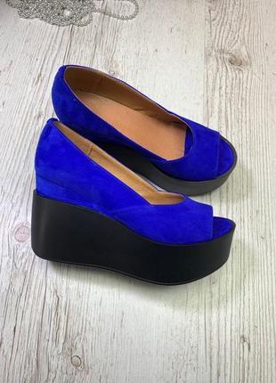 36-41 рр туфли с открытым носком на высокой танкетке натуральная замша/кожа