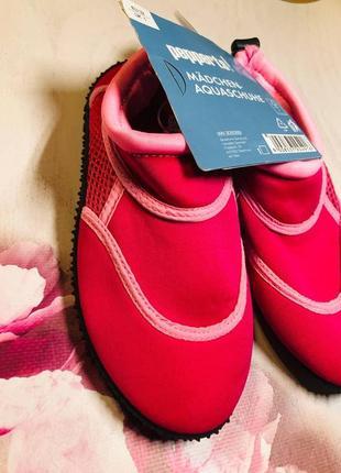Тапочки для кораллов розового цвета, аквашузы, обувь для плавания, дайвинга, серфинга (32,33,34 р)1 фото