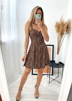 Платье короткое в цветочек 7132