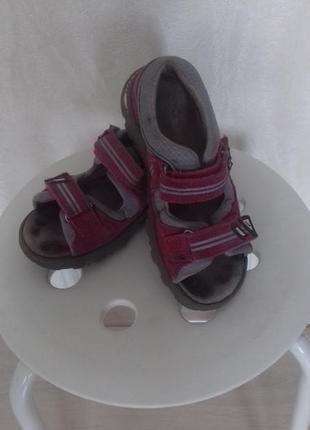 Босожки,сандалии bartek.
