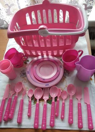Набор детской посуды в корзине