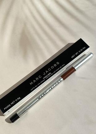 Коричневый гелевый карандаш для глаз marc jacobs highliner gel crayon